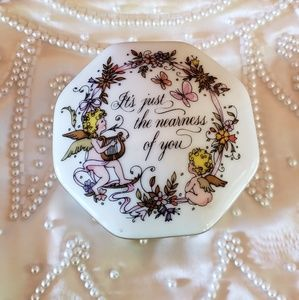 "Other - ""Songs of love "" porcelain music box collection"